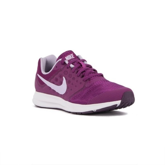 d4be062123257 Nike Downshifter 7 (gs) - 4 1 2 Kids 6 1 2 Women